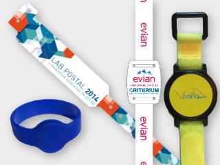 une gamme de braelet RFID nfc de contrôle d'accès au piscines (silicon) et au fstival de musique (en tissu personnalsié)