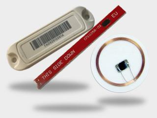 Des tags ou étiquettes RFID NFC et UHF de tracabilité industrielle